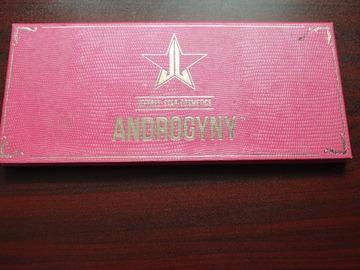 Venta: Androgyny Palette  by Jeffree Star.