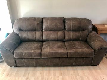 Vente: Large Sofa Bed
