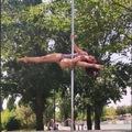 Producto o Servicio Gratuito: COMPLETO! La Isla: Clases  Pole Dance (Domingo 12h).