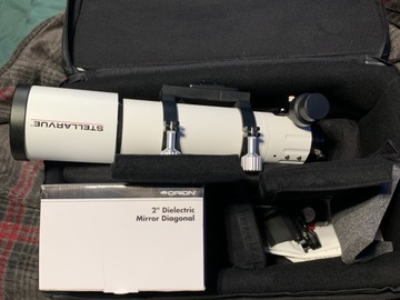 For sale (with online payment): Stellarvue access 80 and eyepieces