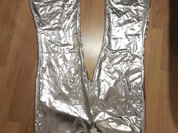 Myydään: Kiiltävät bilehousut / Shiny party pants