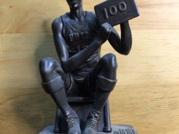Selling A Singular Item: Wilt Chamberlain 100 Points Figure