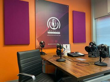 Rent Podcast Studio: Imperial Podcast Studio