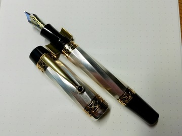 Renting out: **On Hire** Montblanc Patron of Art Charlemagne - 18kt M nib
