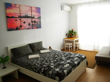 Rooms for rent: Spacious Double-Bedroom with Terrace available in San Gwann