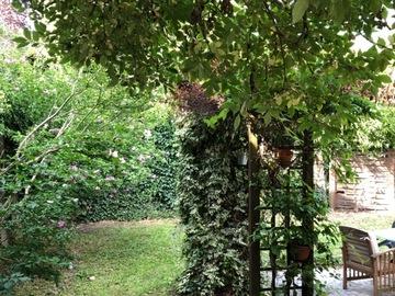 NOS JARDINS A LOUER: Beau jardin plein centre 150m2