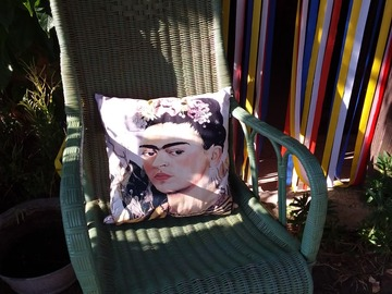 Vente au détail: Coussin Frida kahlo