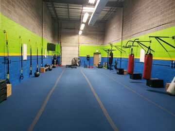 Available To Book & Pay (Hourly): Fully equipped gym for trainers + classes