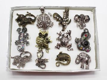 Liquidation/Wholesale Lot: Dozen Rhinestone Animal Adjustable Rings