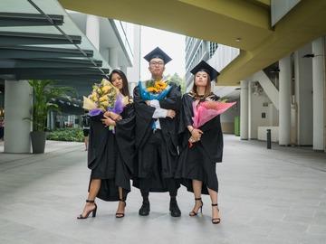 Price Per Hour: Graduation Photography