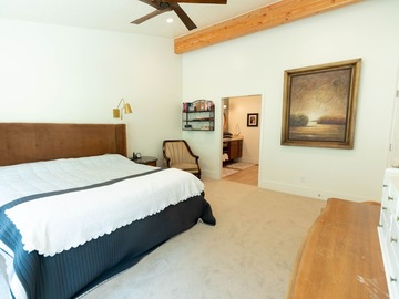 Hourly Rental: Master bedroom with wall sized bay window