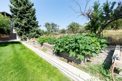 Hourly Rental: Railroad Tie Planter boxes