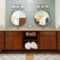 Hourly Rental: Delightful Mid Century Bathroom