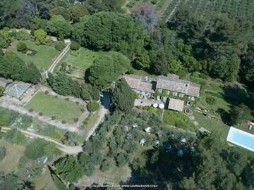 NOS JARDINS A LOUER: Provence : jardin d'exception et piscine au coeur des Alpilles