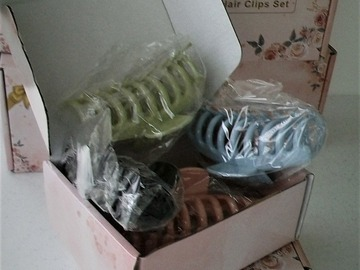 Liquidation/Wholesale Lot: 6 pc  lot of 4 pc Sylvwin 4 inch Hair Clips In Gift Box