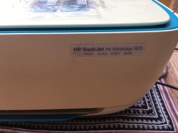 À donner: Imprimante/scan HP de l'étranger - incompatibilité encre