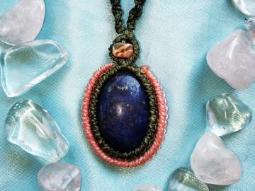 Vente au détail: Pendentif kaki et rose avec Lapis Lazuli et Rhodonite