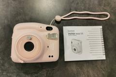 Ilmoitus: Instax Mini 11 polaroid-kamera
