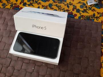 À vendre: Iphone5