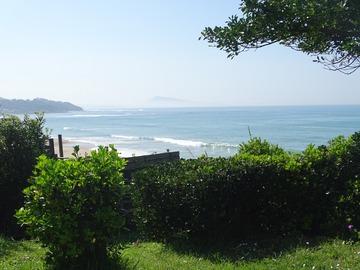 NOS JARDINS A LOUER: Jardin avec piscine en face de la mer - Pays Basque