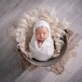Fixed Price Packages: Newborn Photography - Deluxe Package