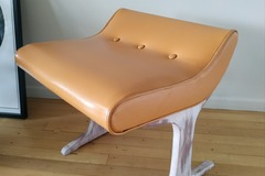 For Sale: Bedroom seat / stool 60s - 70s