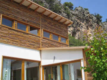 Accommodation: Charming chalet in Geyikbayiri - only one minute to the crag