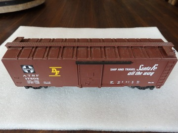 Selling with online payment: LIONEL 6-17202 SANTA FE BOXCAR DIESEL RAILSOUNDS