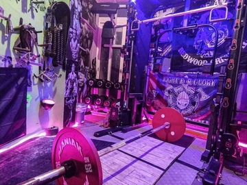 Renting with online payment: Gym House