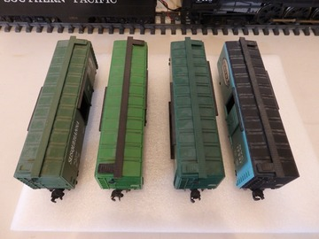 Selling with online payment: Lionel O scale Boxcar Lot 4 pcs No boxes