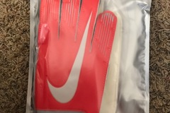 Liquidation/Wholesale Lot: Nike GK Match Adult Gloves sz 9  lot of 10 pair