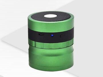 Post Now:  ECO Farm Bluetooth Audio Aluminum Alloy 4-layer Herb Grinder