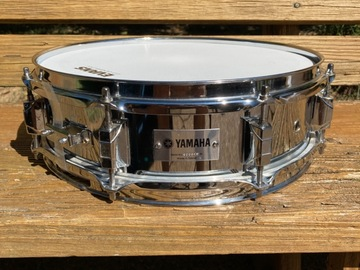 """Selling with online payment: Yamaha Chrome over Steel piccolo 13"""" x 4"""" snare drum"""