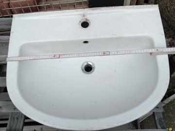 Biete Hilfe: Waschbecken der Marke Kludi.