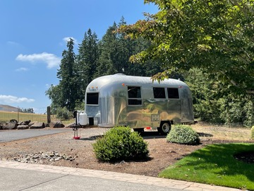 For Sale: 1965 Airstream Globetrotter