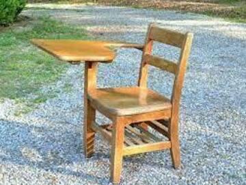 Daily Rental: Classic Antique Wooden Desk - Oak