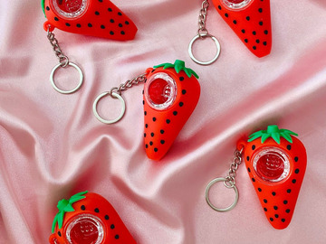 Post Now: STRAWBERRY UNBREAKABLE KEYCHAIN PIPE