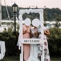 Ilmoitus: Kaunis valkoinen photobooth kehys ja koristeet