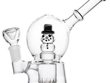 Post Now: Hemper Snow Globe Bubbler