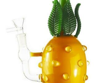 Post Now: Large Pineapple Themed Bong