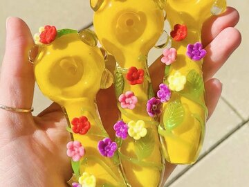 Post Now: FLORAL GARDEN PIPE