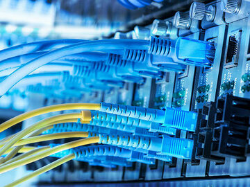 Hourly Rate Service Offering : Network Engineer, Systems Engineer, Security Engineer, Cloud