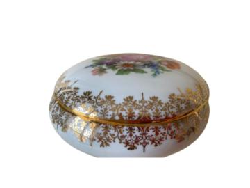 Vente: Bonbonnière en porcelaine