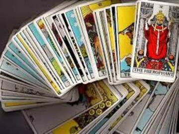 Selling: 10 card Personal Tarot Reading (VIDEO)