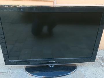 Faire offre: Samsung TV (pour pièce)