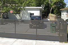 Daily Rentals: Miami FL, Mangoes' Villa Parking