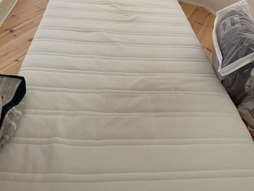 Selling: Ikea Malvik foam matress
