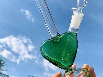 Post Now: GREEN HEART BONG