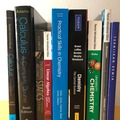 Myydään: Collection of university books (Chemistry, Calculus and Physics)