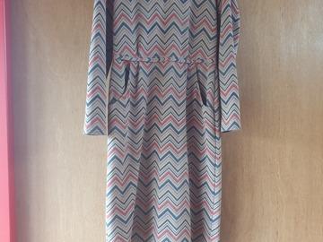 Selling: Zigzag dress